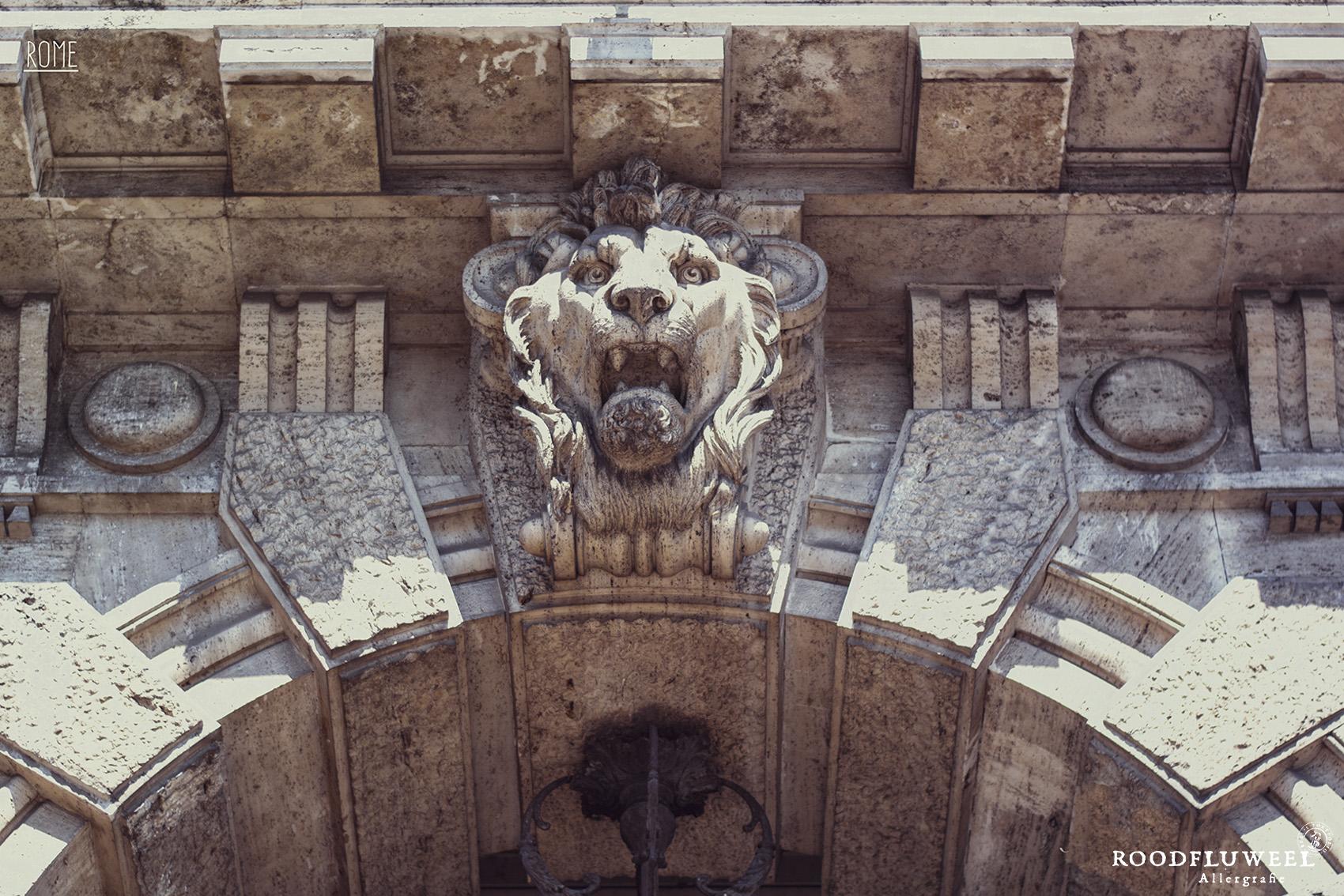 Lion_Sculpted_symbol-32